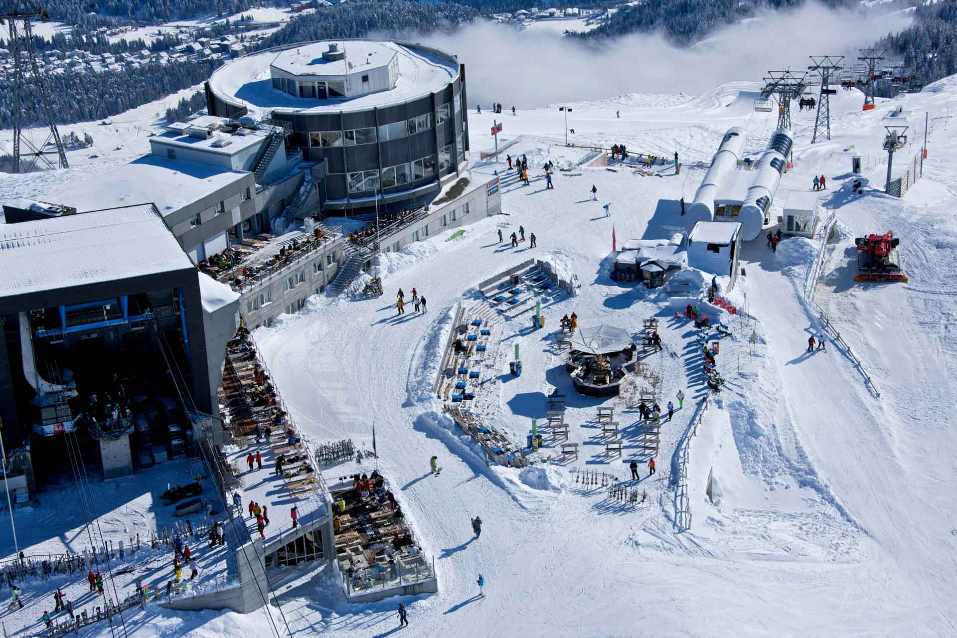 Mountain-Hostel_laax